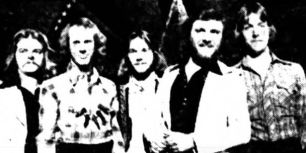 19760313_FiveKnuckleShuffle